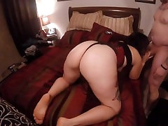Big Booty MILF sucks & gets drilled from behind