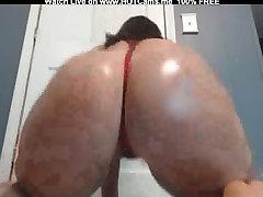 Real Amateur Girl Shakes Her Big Ass