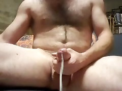 Daddy Empties His Full Balls Before To Going Pick Up His Son At School