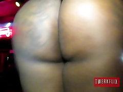 Big booty stripper Onyx shakes that black ass
