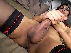 Hung ladyboy jacks her big cock