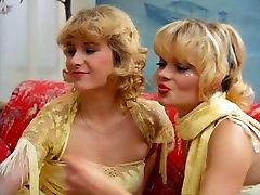 Alpha France - French porn - Full Movie - Les Patientes Du Gynecologue 1984