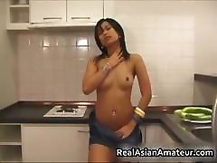 Asian girlfriend stuffs her pussy part6