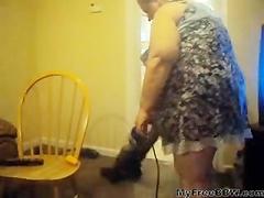 Cleaning Living Room BBW fat bbbw sbbw bbws bbw porn plumper fluffy cumshots cumshot chubby