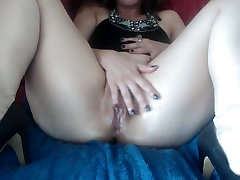 Oiled pussy close up. Hotwife Venus plays solo and squirts.
