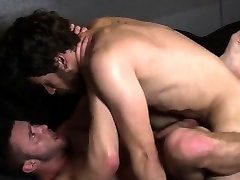 Muscular hunks sixtynining and buttfuck