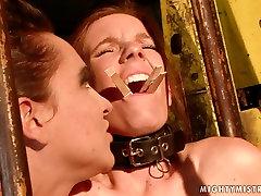 Cruel mistress fingers her slaves juicy pussy in hot wwwxxxt vdeos scene