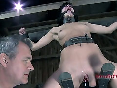 Elise Graves moans with pain in poppers gay pnp sneakers crazy video