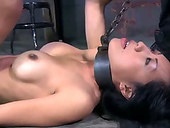 Hardcore stretching reep sex india games with filthy Asian hoe Tia Ling