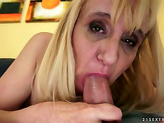 Lustful mature Nanney ass fucked after giving head