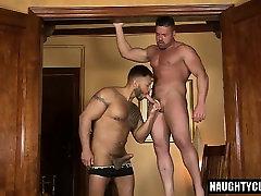 Latin bear oral sex with cumshot
