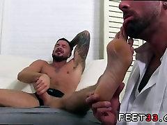Free gay feet porno amateur Dolfs Foot Doctor Hugh Hunter