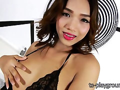 Seductive ladyboy Fiat strips off her lingerie and jerks off