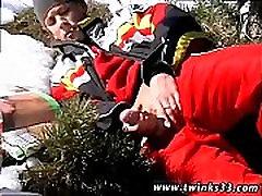Emo gay anal sex movietures xxx Roma Smokes In The Snow