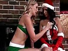 Brianna Ray &amp Amber Cox Wild Hot Mature Lesbians On Cam mov-04