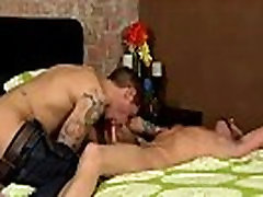 Free tubes of boys bareback fucking and gay twinks anal cum movies