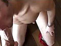 Hot hunk bonks a man and cums