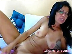 Venezualan Mother of three fingering pussy - wildmaturecams.online