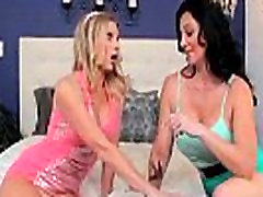 Brianna Ray &amp Licious Gia Mature Lesbians Play With Their Bodies In Front Of Cam vid-24