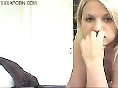 www.DearSX.com - Beautiful Pregnant Mom Giving Head On Webcam amateur