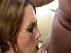 Mom and daughter threesome 1137