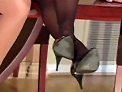 Cum-hole stretching in pantyhose