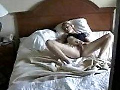 Édes anya a maszturbálást fogott csúnya fiam. Rejtett kamera