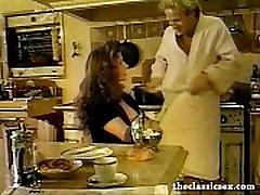 Retro pornstar Selena Steele sucking cock