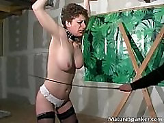 Kinky horny brunette blows dick