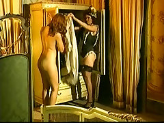 Vintage porn from Italy showing hot MILF having anal