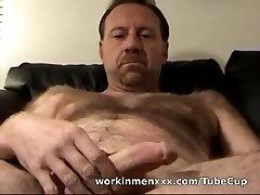 WorkinmenXXX Video: Sucking Off Construction Joe