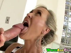 Huge butt Milf Brandi Love fucked and facialed by big cock
