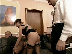 BUSTY GERMAN MATURE ANDREA, BEATE & STEVE HOLMES 3SOME-BR