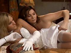 Courtney Simpson & Sydni Ellis in Lesbian Seductions 10, Scene 01