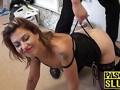 Horny milf in heat takes a firm dong in her mature asshole