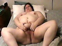 Mature BBW shows hairy cunt