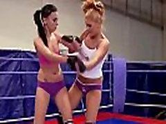 Wrestling babe got horny enough to masturbate
