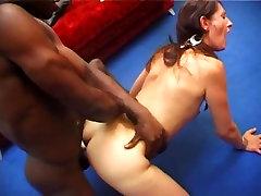 AMATEUR TEEN HOMEMADE GROUP SEX
