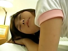 Innocent 18 years old tokyo girl