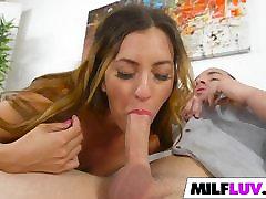 Big ass MILF Isabel bangs good