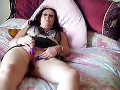 Hottest Amateur video with Mature, Brunette scenes