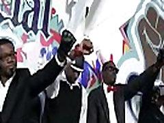Desagradable hardcore interracial sexo gangbnag partido de mierda de película 02