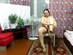 Mature Woman With Big Tits, Nylon Tights Tear