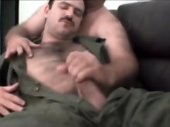 Incredible amateur gay movie with Bears scenes