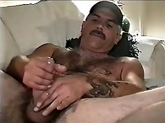 Classic Hairy chested daddy strokes - StudMall