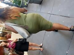 Watch This Black Bbw Woman Big Booty Move