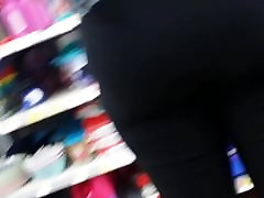 Ebony milf shopping