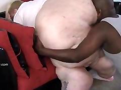 Black Guy Eats White BBW Ass