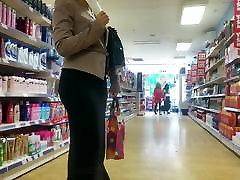 Sexy Big Butt Milf Black Skirt.