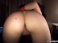 Pouring hot candle and oil on her ass as she&039;s fucked